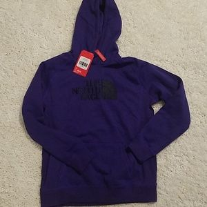 NWT W Sz L & XL North Face embroidered thick